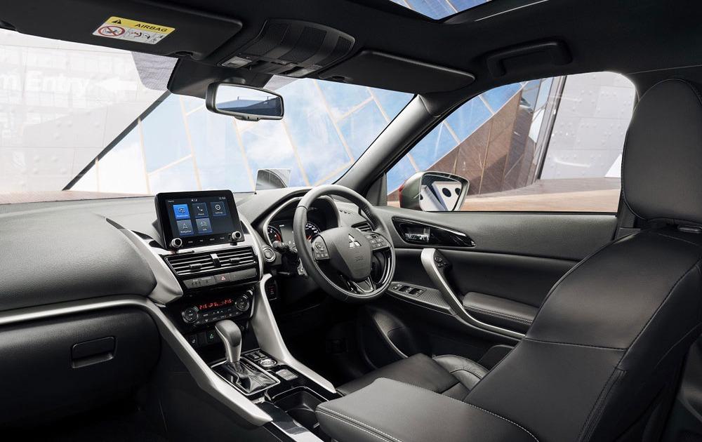 Mitsubishi-Motors-binnenkant-Eclipse-Cross-PHEV