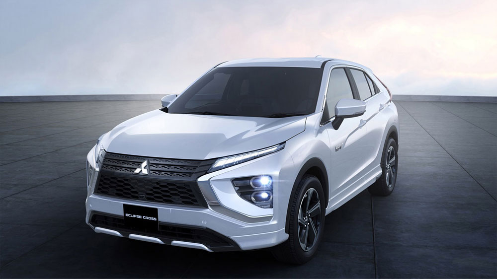 Mitsubishi-Motors-introduceert-Eclipse-Cross-PHEV
